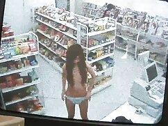 店の助手Julia 女の子 ため の av fucksのバックオフィス